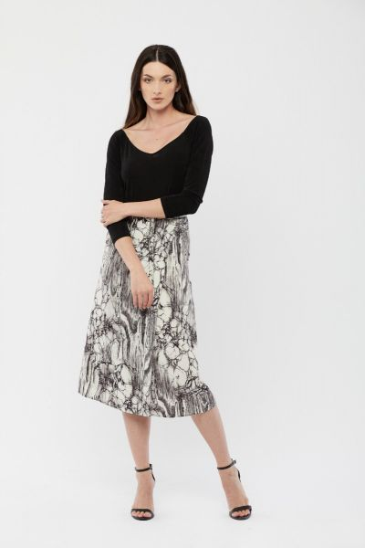 WHITE AND BLACK PRINTED SKIRT
