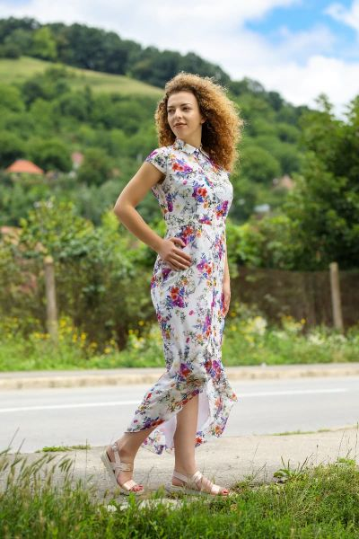 MAXI SUMMER DRESS WITH FLORAL PRINT